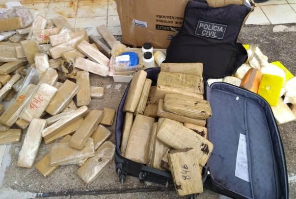 Duzentos quilos de drogas são incinerados no município