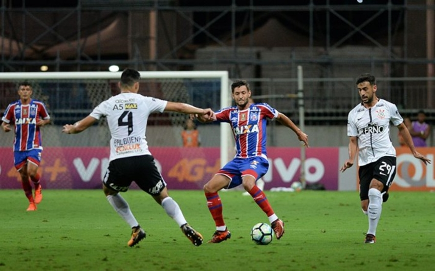 Bahia vence Corinthians por 2 a 0 e se afasta da zona de rebaixamento