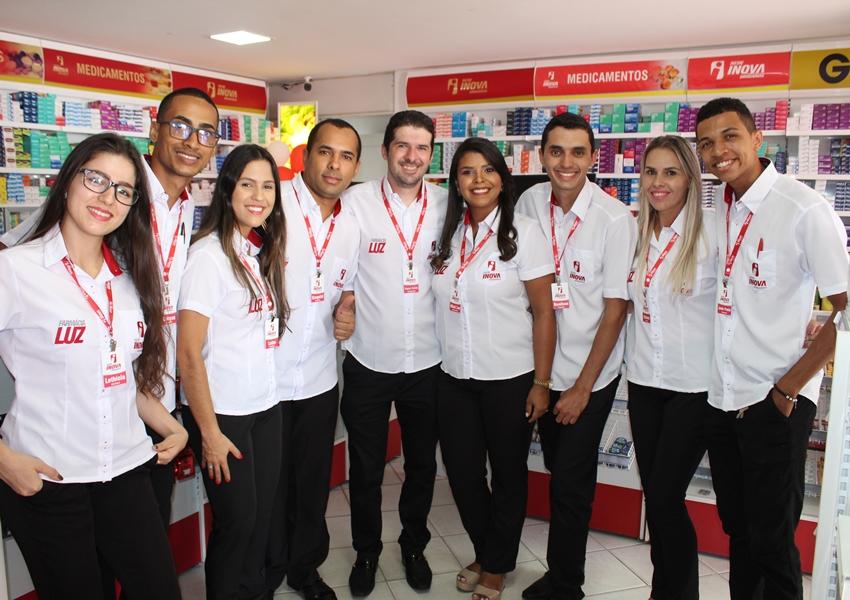 Farmácia Luz Rede Inova comemorou aniversário de 03 anos em grande estilo em Livramento