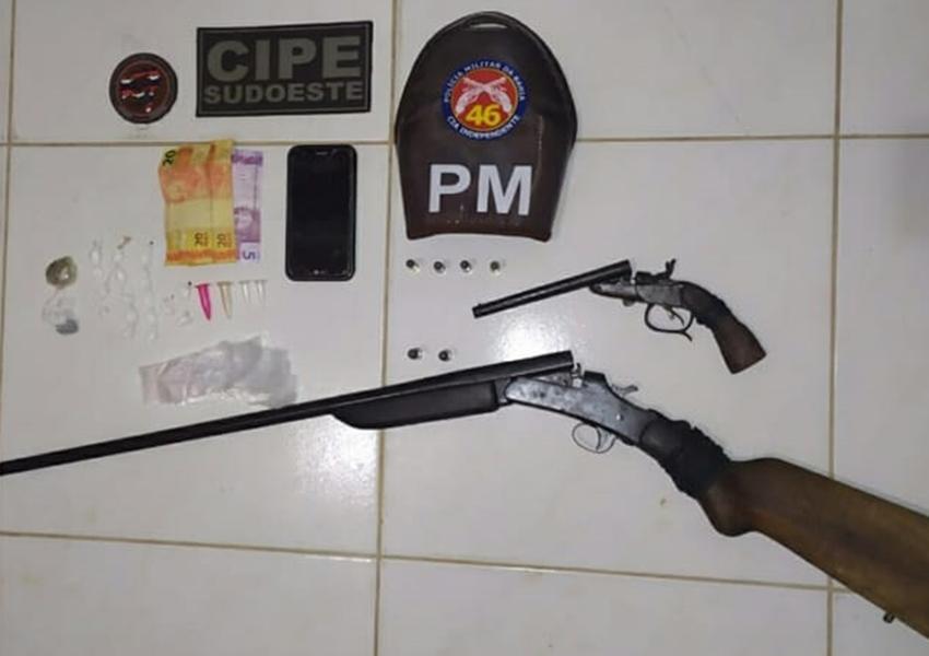 Jussiape: dupla é detida acusada de tráfico de drogas e posse ilegal de arma de fogo