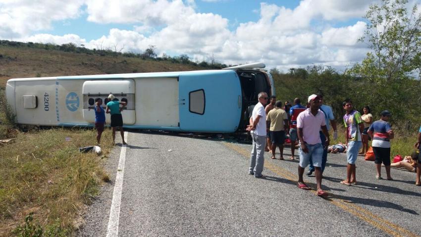 Sobe para 5 número de mortos em acidente na Chapada e criança está entre as vítimas