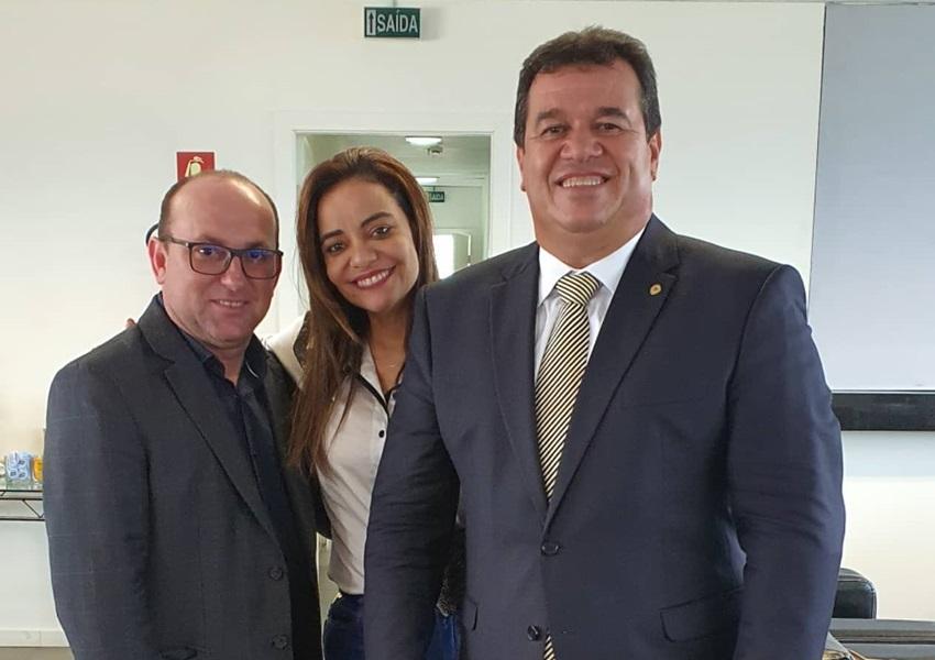 Deputado Marquinho Viana com prefeito de Jânio Quadros na SERIN