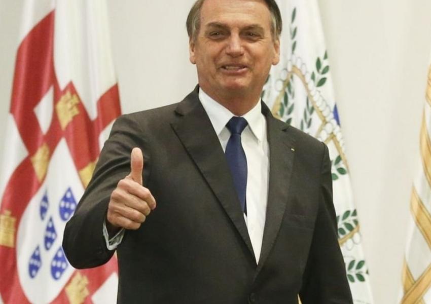 Bolsonaro pede que população cobre do Senado aprovação do decreto de armas