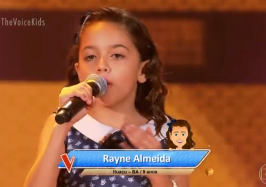 Ituaçu: Rayne Almeida brilha no The Voice Kids e é escolhida para integrar time da dupla Simone e Simaria