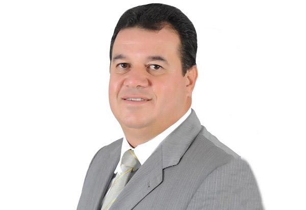 Deputado Marquinho Viana parabeniza a Tribuna da Bahia pelos seus 49 anos