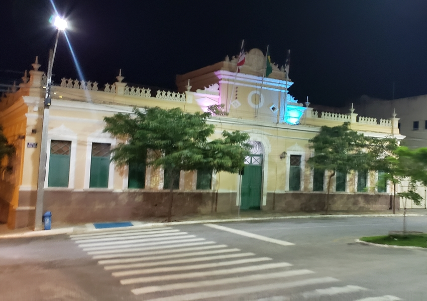Prefeitura de Vitória da Conquista prorroga fechamento de comércio por uma semana