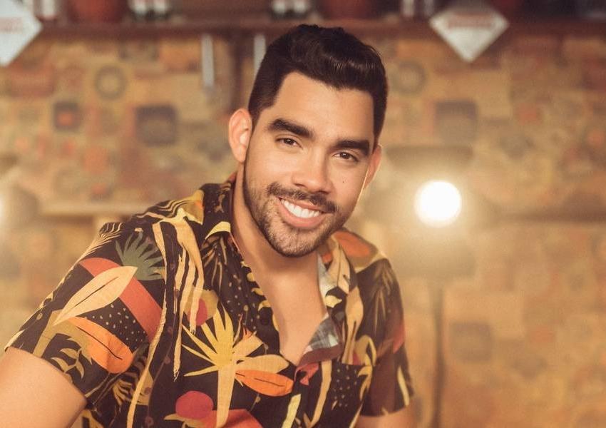 Cantor Gabriel Diniz morre em acidente de avião