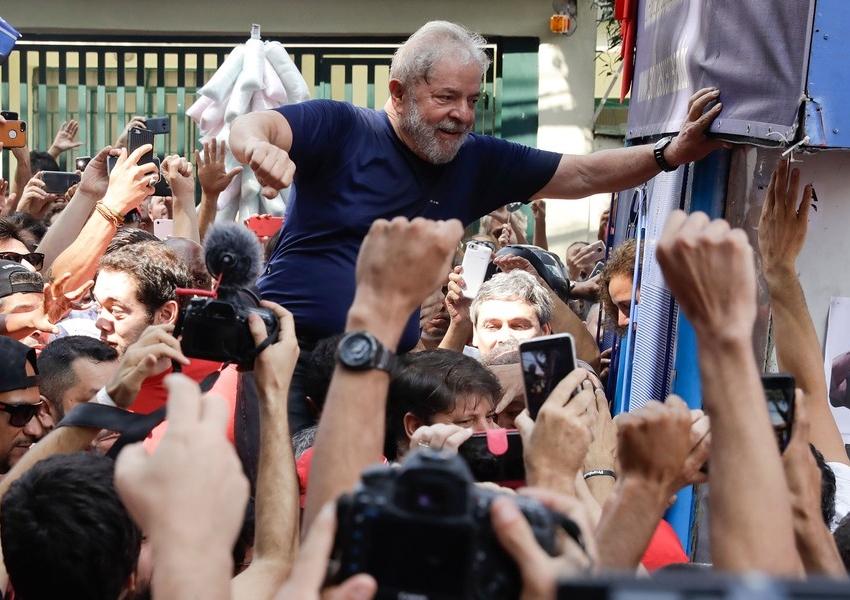 Ministério Público diz ao STJ que Lula tem direito a progredir para regime semiaberto