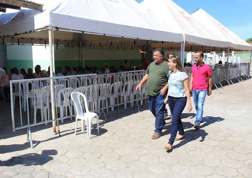Livramento: Prefeito Ricardinho Ribeiro visita mutirão de catarata no HUCS