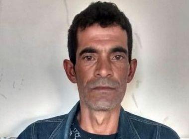 Homem mata irmão a facadas em Poções e se entrega à polícia