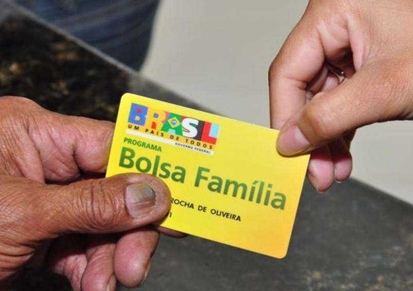 Mais de 5.100 pessoas vão ter que devolver dinheiro que receberam do Bolsa Família