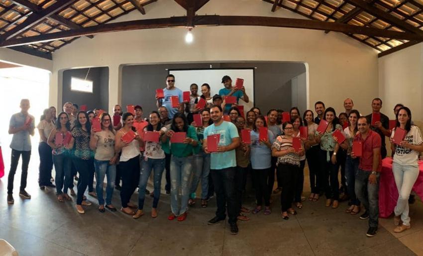 Prefeitura entrega tablets para Agentes Comunitarios de Saúde de Rio de Contas