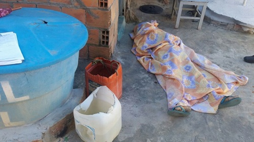 Homem embriagado morre afogado em balde de água no Entroncamento de Jaguaquara