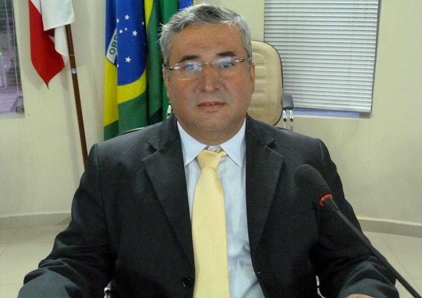 Vereador Paulo Lessa faz duras críticas contra a Viação Novo Horizonte e Embasa