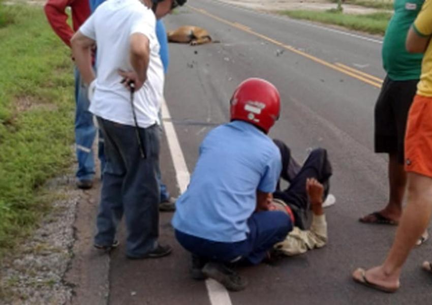 Homem fica ferido após colidir moto contra cavalo na BA-148