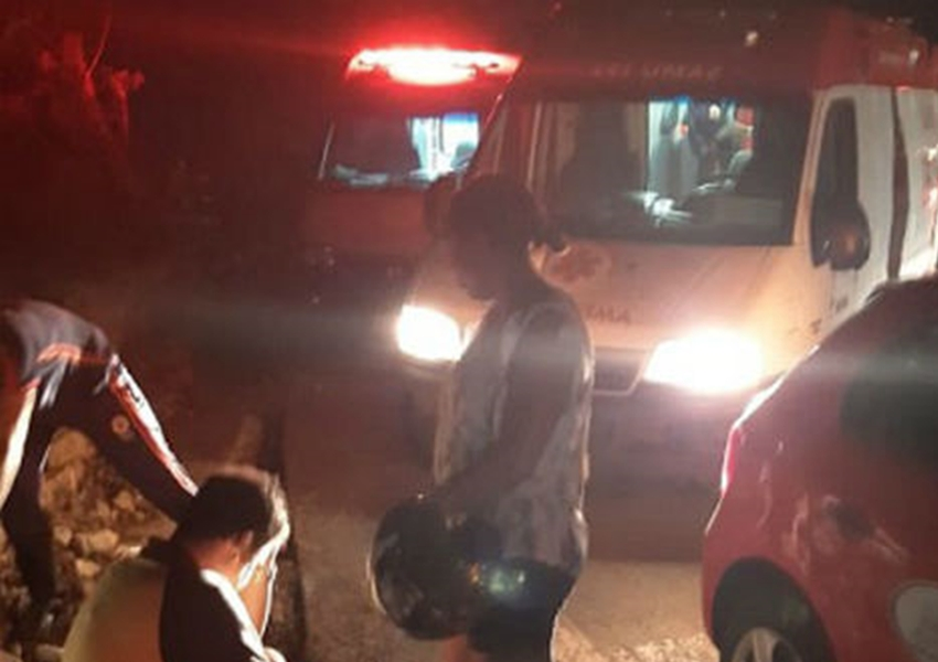BA 148: Família fica ferida após veículo no qual estava cair em ribanceira na Serra das Almas