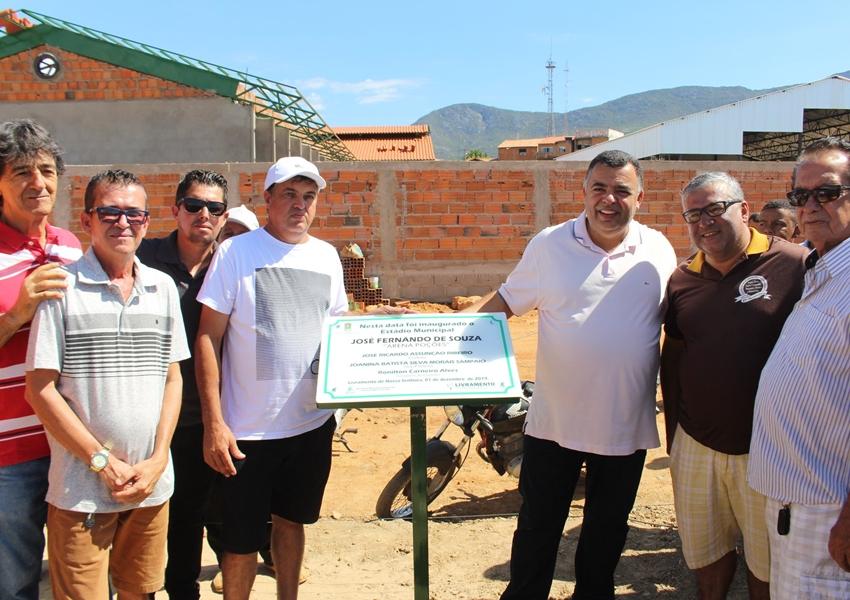 Arquivo Público Municipal, Quadra Poliesportiva e Campo de Futebol foram inaugurados no final de semana em Livramento