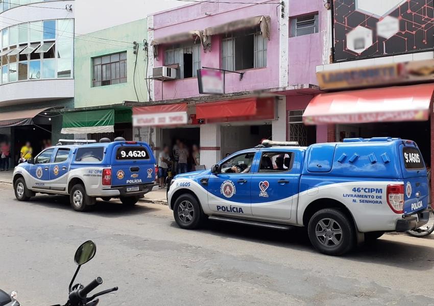 Policia apreende máquinas caça-níqueis em lanchonete no centro de Livramento