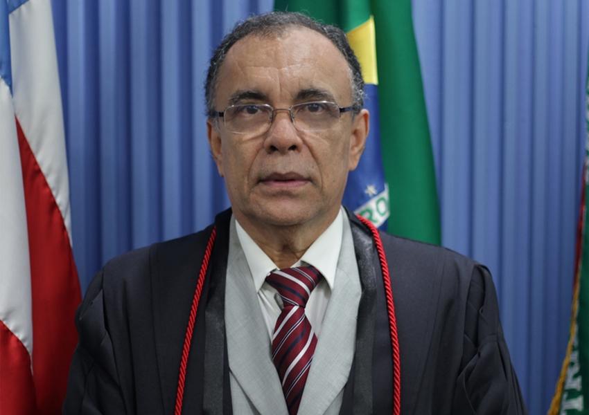 Desembargador Lourival Trindade será homenageado com título de cidadão Brumadense