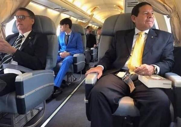 Bolsonaro desembarca em Brasília para novas reuniões com equipe de transição