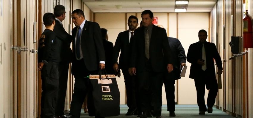 Operação contra desvio de recursos públicos mira dois deputados nesta quarta-feira