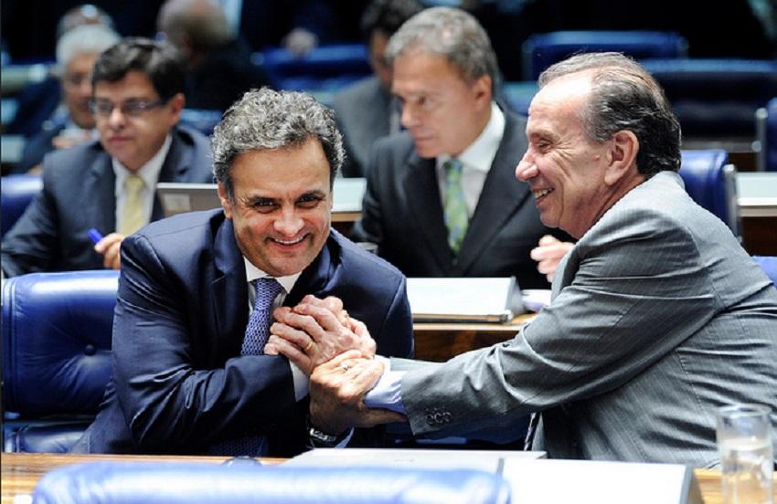 Senadores livram a cara de Aécio Neves e derrubam afastamento imposto pelo STF