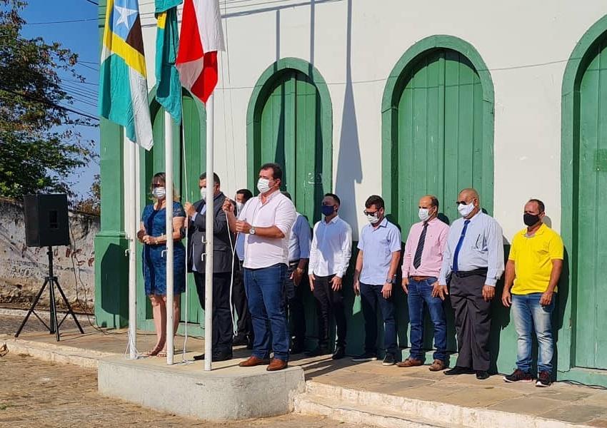 Deputado Marquinho Viana participa dos festejos do 7 de Setembro em Livramento e Piatã