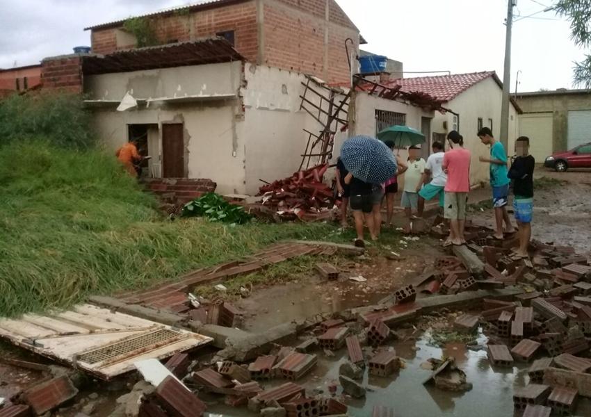 Chuvas provoca estragos em Ruas e Bairros de Livramento