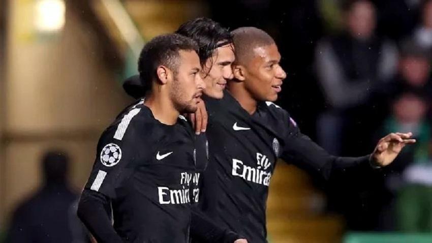 Neymar encara maior vítima para terminar bem o ano e ser feliz na França