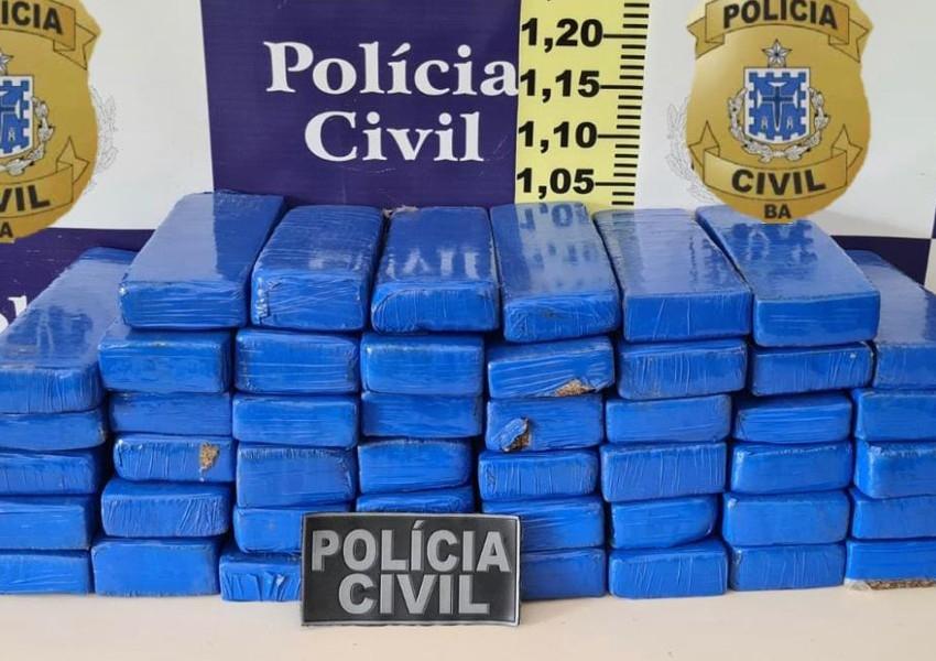 Feira de Santana: Homem é preso após ser flagrado com 46 tabletes de maconha em ônibus