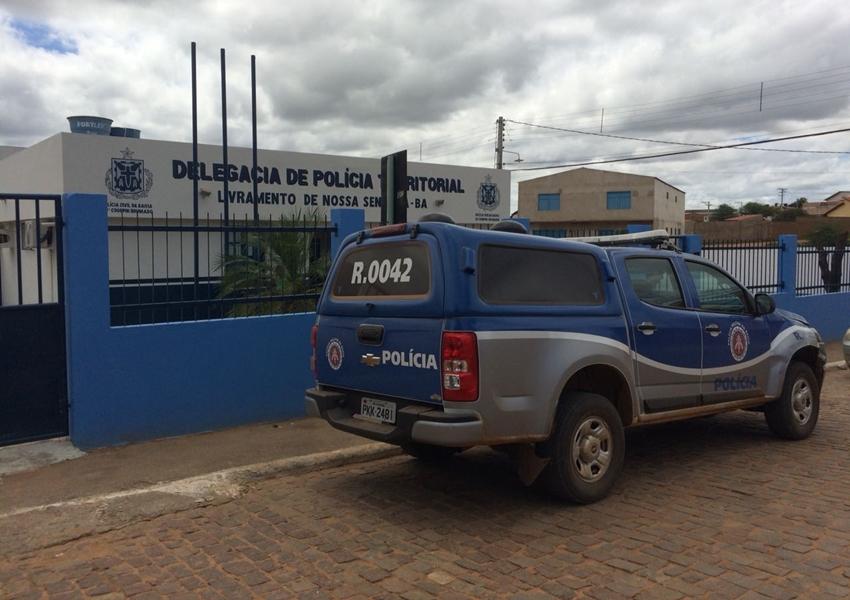 Livramento: Personal trainer é preso acusado de furtar R$ 20 mil reais de joias de uma cliente