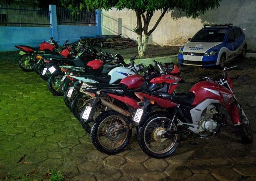 Livramento: Diversas motocicletas foram apreendidas durante Tradicional Missa dos Motoqueiros de Canabrava
