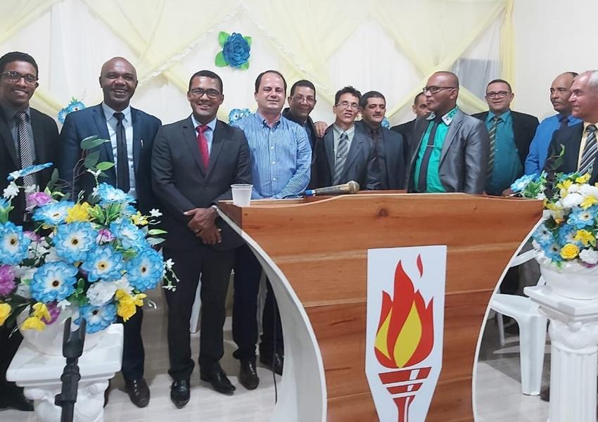 Jussiape: Em inauguração de igreja evangélica, Éder fala sobre ensinamentos bíblicos