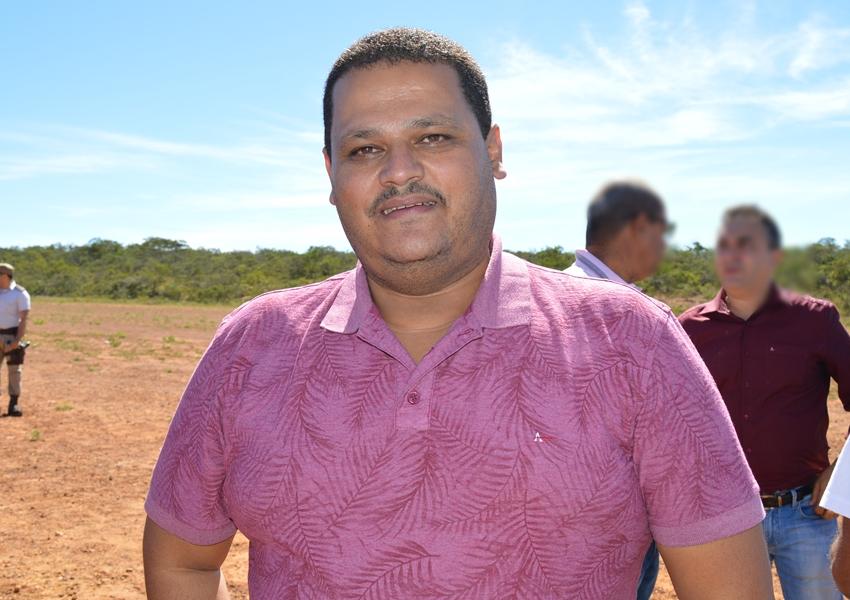 Prefeito de Ibicoara é acionado pelo MP após causar aglomerações