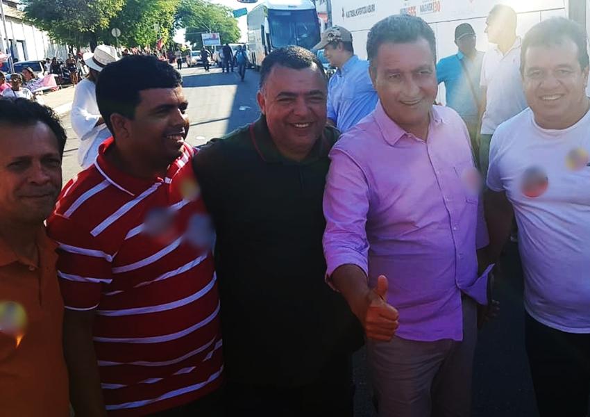 Prefeito de Livramento recepciona Rui Costa em ato de campanha em Brumado