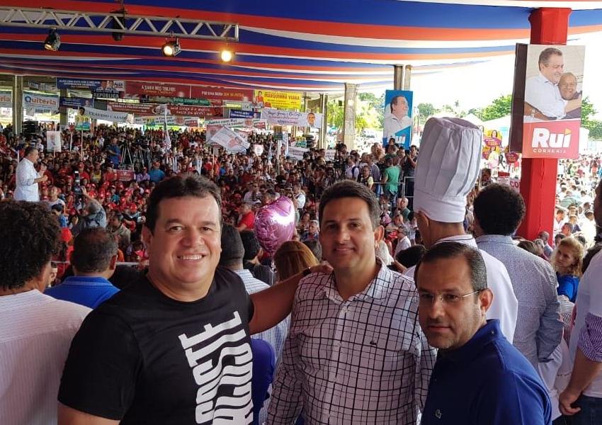Prefeitos de Rio de Contas e Érico Cardoso participam da convenção de Rui Costa em Salvador