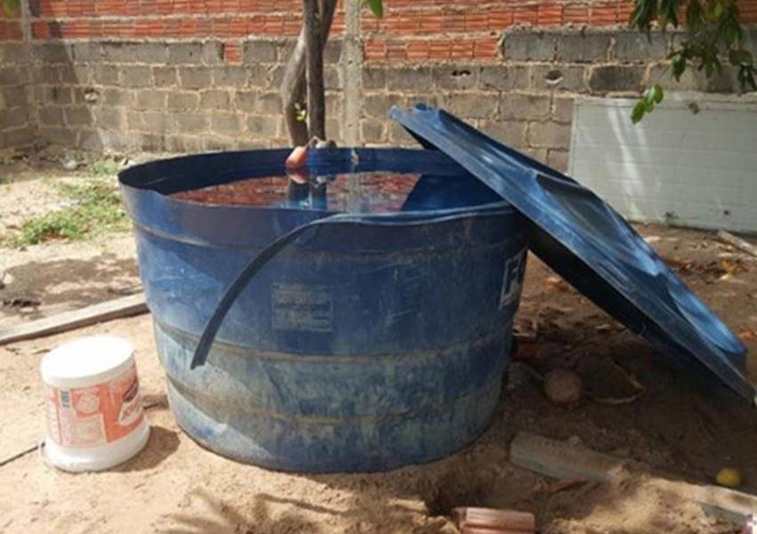 Menino de 2 anos morre afogado após cair em caixa d'água em Candiba