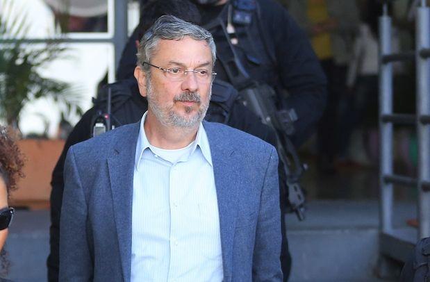 Ex-ministro Antônio Palocci diz que Odebrecht pagou vantagens a Lula