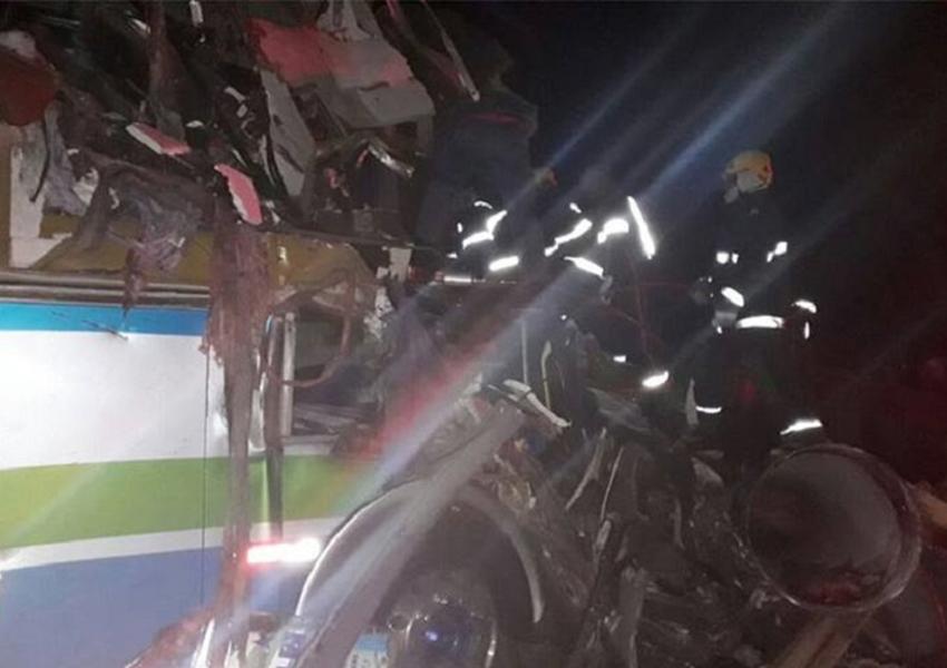 Seis pessoas morrem em acidente na BR-116; Cinco ficaram gravemente feridas