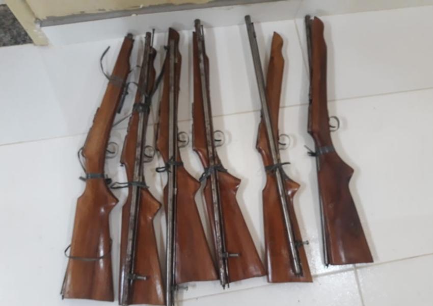 Preso empresário que comercializava armas em loja