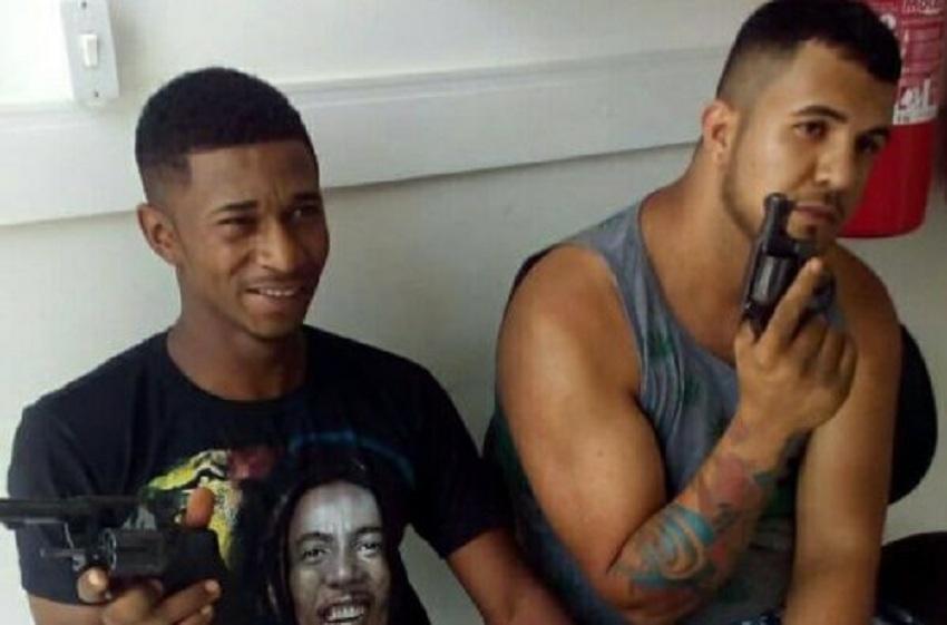 PM prende dupla armada suspeita de assaltos na zona rural de Maraú