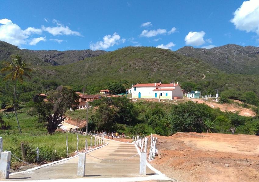 Prefeitura de Livramento  realiza obras de manutenção e melhorias na estrada de acesso a Canabrava