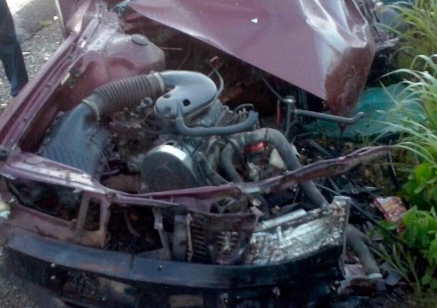 Motorista morre após acidente entre carro e caminhonete na BR-242, oeste da Bahia