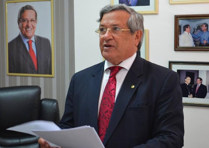 """Deputado federal Benito Gama critica """"correria"""" do governador Rui Costa"""