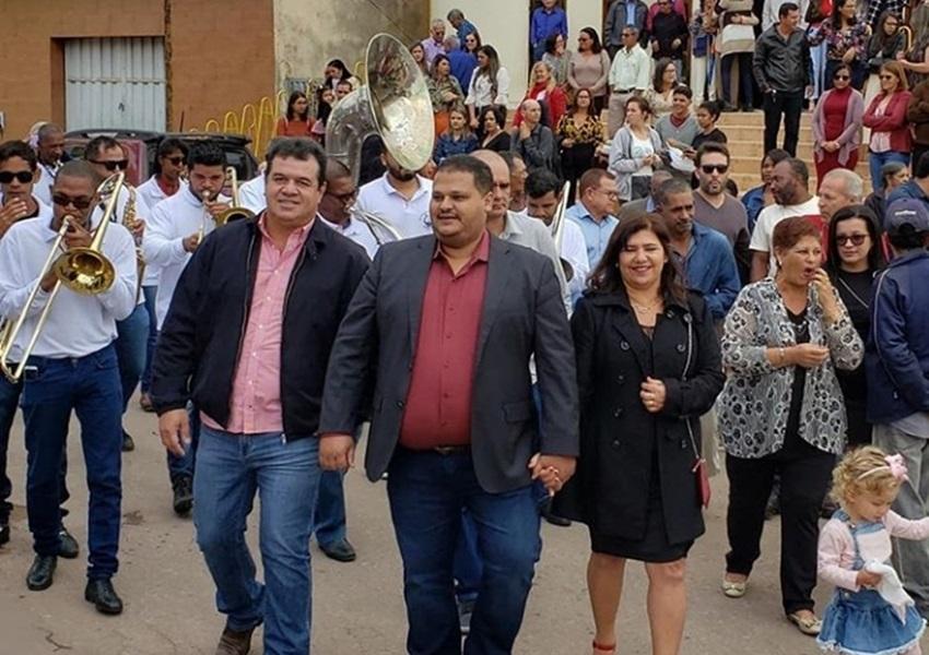Deputado Marquinho Viana participa dos festejos dos 57 anos de emancipação política de Ibicoara