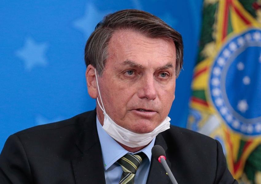 Auxílio emergencial será de R$ 300, por mais 4 meses, diz Bolsonaro