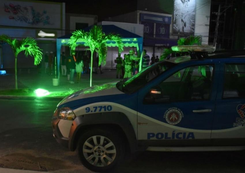 Adolescente é morto a tiros e outro é baleado durante evento em praça de Vitória da Conquista