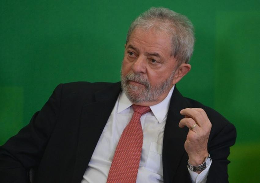 Habeas corpus pode deixar Lula solto até as eleições, diz coluna