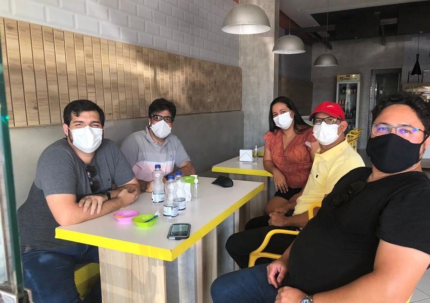 Empresários livramentenses recebem visita de Wagner Bastos do Açaí da Bahia