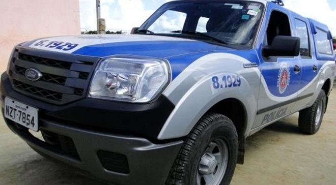 Após troca de tiros, PM recupera veículo roubado em Jussiape